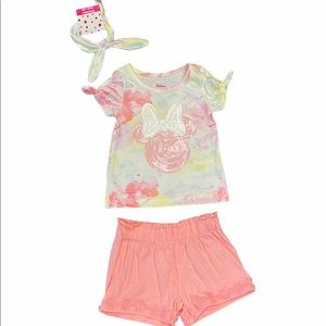 NWT Minnie shorts outfit